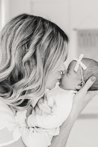 Millie Grace Clark | Newborn + Family Session