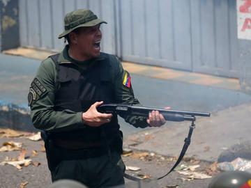 Washington: Si algo le pasa a Guaidó, sería 'una de las últimas decisiones' de Maduro