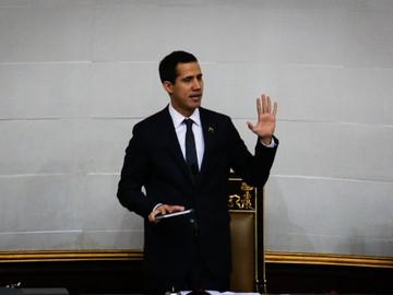 """Guiadó sigue sumando estrategias para lograr el """"cese de la usurpación"""" por parte de Maduro"""