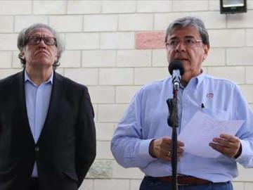 Diplomáticos colombianos en Venezuela regresaron a su país