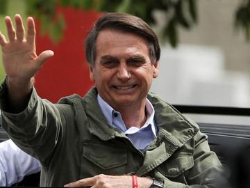 Jair Bolsonaro es elegido presidente de Brasil, informa tribunal electoral brasileño