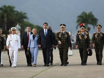 Maduro anuncia cambios en distintos componentes de la FANB