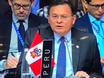 Gobierno de Perú invita a un centenar de países a participar en una cumbre que tratará crisis venezo
