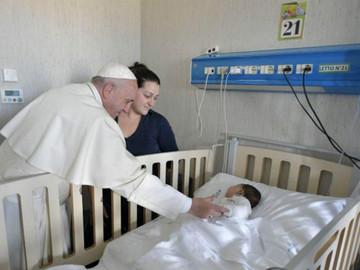 Hospital del Papa atiende a niños venezolanos