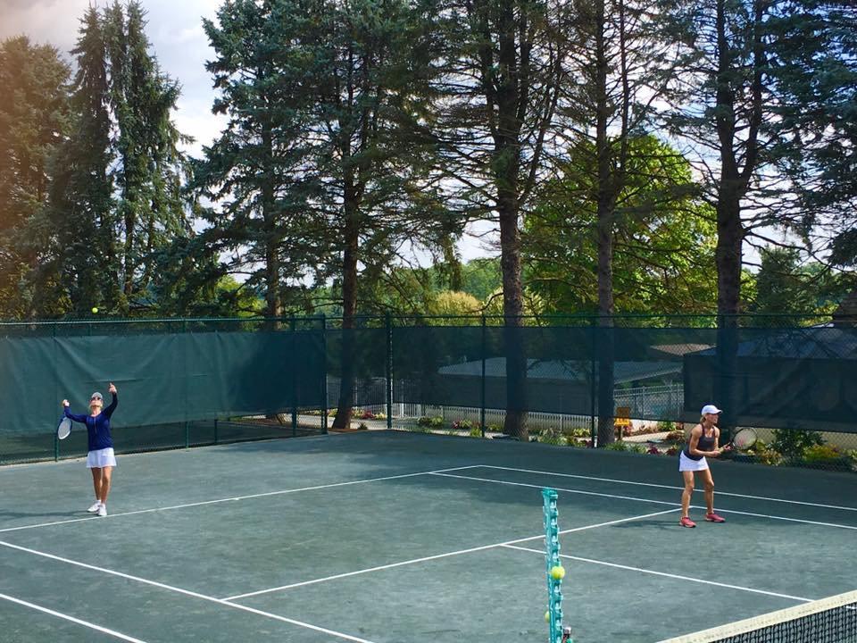 outdoor-womens-doubles.jpg