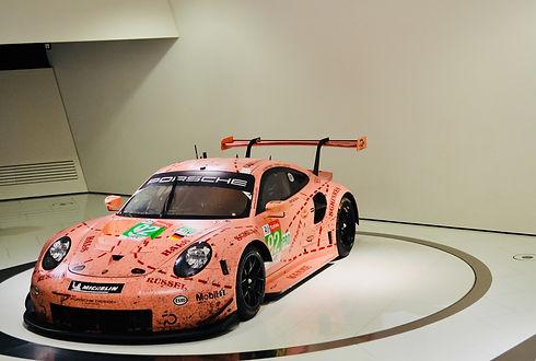 Porsche%20911_edited.jpg