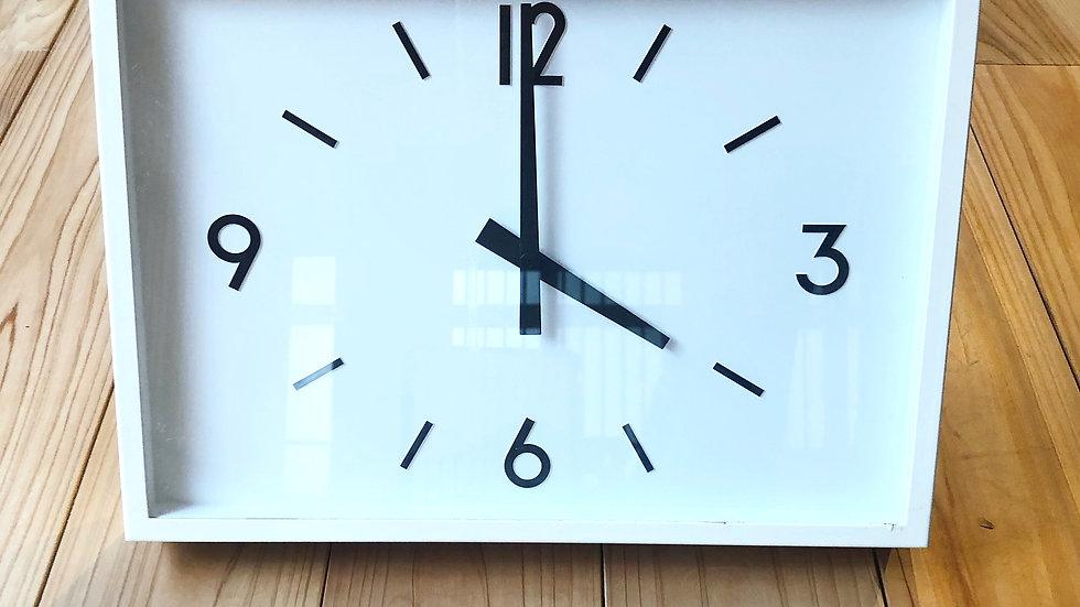 無印良品 駅の時計・電波ウォールクロック・アイボリー