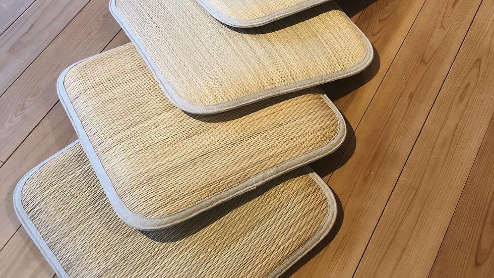 無印・い草のお座布6個 自然な風合い