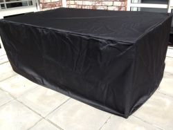 OUTDOOR DINING TABLE COVER