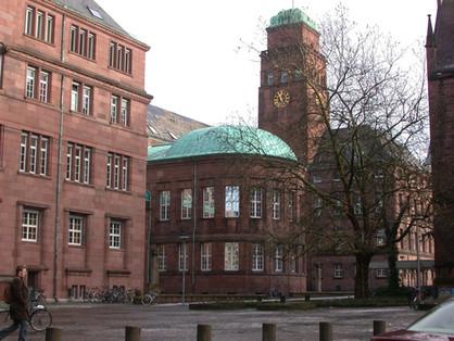 Universität Freiburg