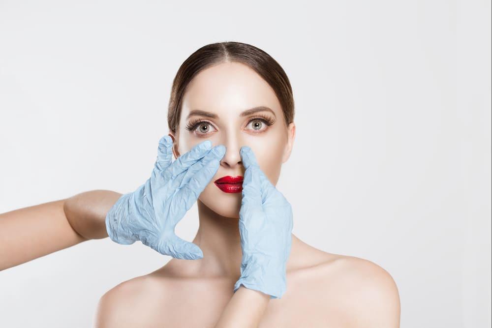 Correção de nariz com preenchimento