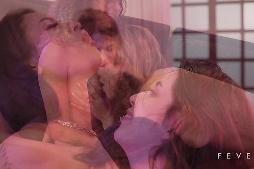 Orgia das 4 novatas da Fever Films