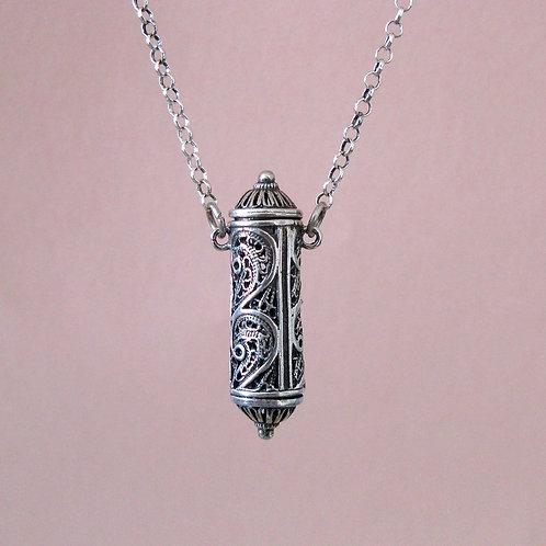 Filigree silver pendant with chain (#3)