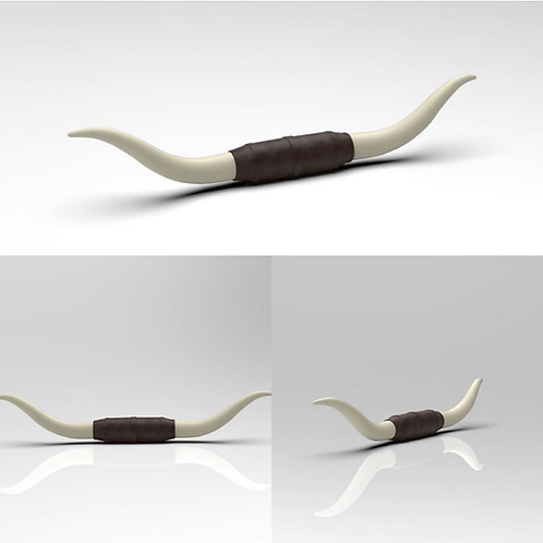 1:64 set of two Mounted Bull Horns