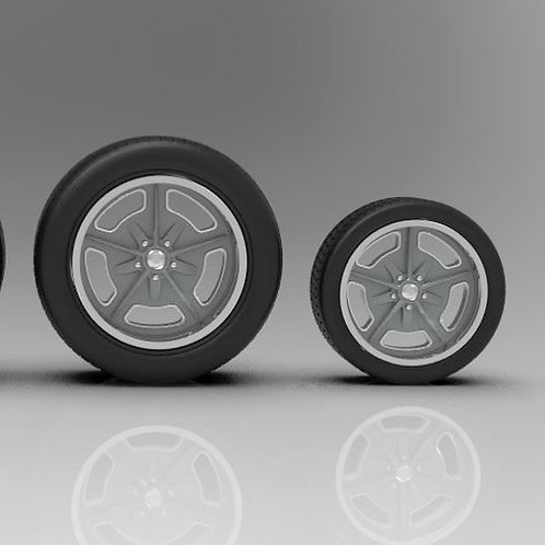 """1:10 """"Speedway"""" 18"""" and 20"""" with Big and Little Tires"""