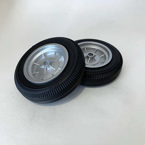 1:8 Pair of front Halibrand reverse wheels