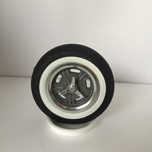 1:8 Hallibrand Spindle Mount front wheel setup for the Firestone White Walls.