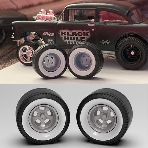 "1:64 Set of two rear ""Pie Crust"" whitewalls on Deep Halibrands"