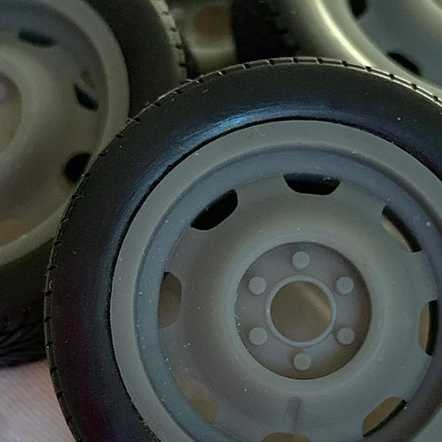 "1:25 Divco Milk truck wheels.  19"" with tires."
