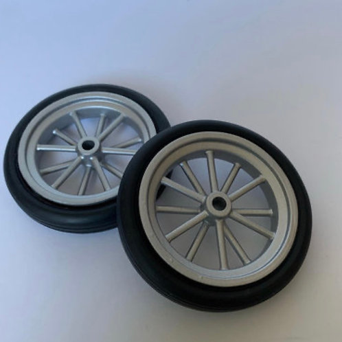 1:12 12 Spoke Spindle Mount  Front Wheel and Tubber Tire setup