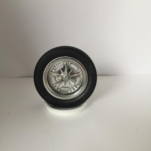 1:8 Resin two piece wheel sets.