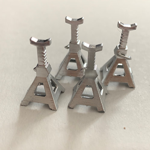 "1:25 Set of Four jack Stands ""Lowered"" or ""Raised"""