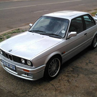 BMW E30 1uz Spitronics Powered (2).jpg