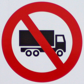 Council Bans Heavy Trucks on Municipal Streets