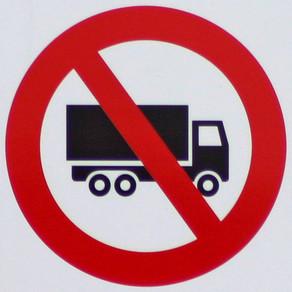 Council Bans Heavy Trucks on Municipal Streets