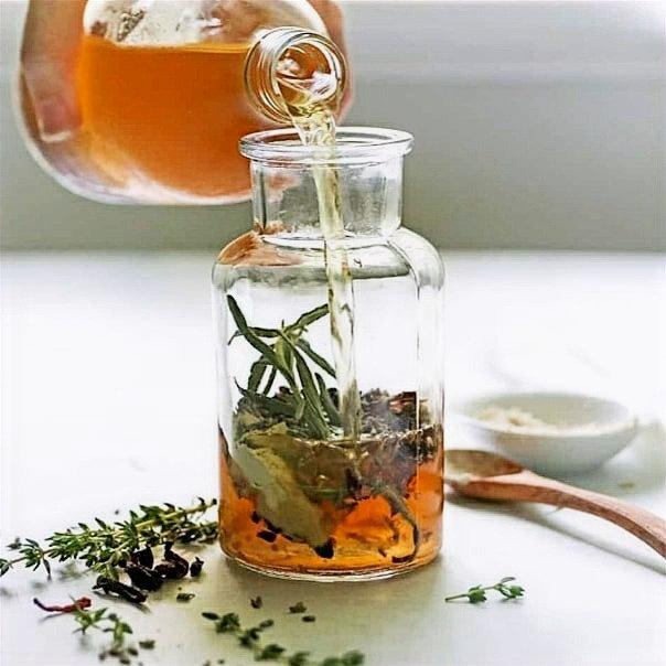 Apple Cider Vinegar Soak