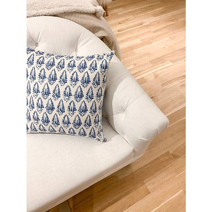 Relaxed Elegant Pillow - Ada