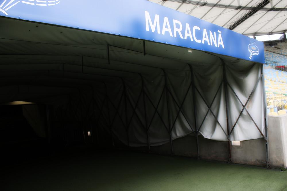 Túnel de acesso das equipes. Foto: Bruno Velasco.