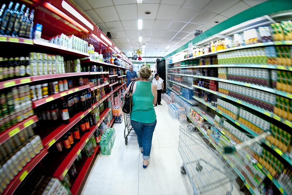 Compras no Supermercado. Foto: Brasil 61.