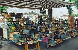 B&B Le Violette di Lucca | Bed and Breakfast centro Lucca | mercato d'arte e mestieri