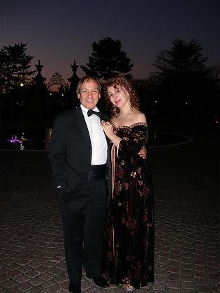 Alicia Mugetti and Enrique Rodriguez.jpg