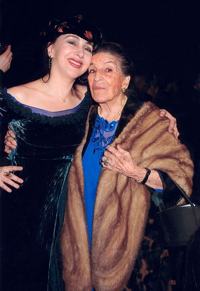 Alicia Mugetti and Lijia.jpg