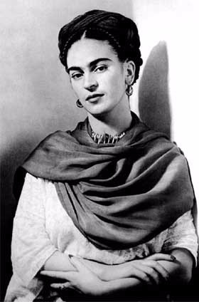 frida-kahlo-picture_edited.jpg