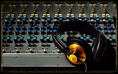 Tom Farley - Farley Music Services - Sound Engineering, tom farley, farley music services, fasrley music and art, tom farley band, tom farley music,