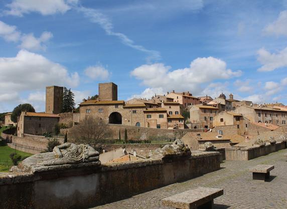 tuscania-674222_1920.jpg