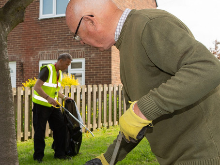 Bournmoor Community Clear-up Makes Streets Sparkle