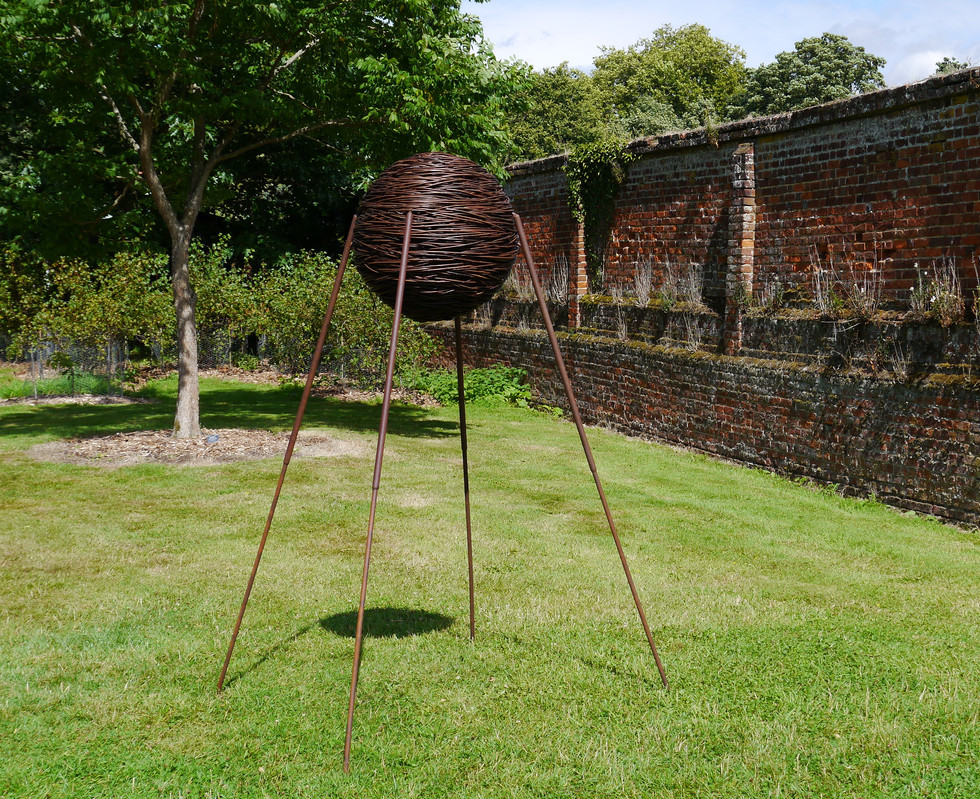 sputnik_willowsculpture.steel_spencerjen
