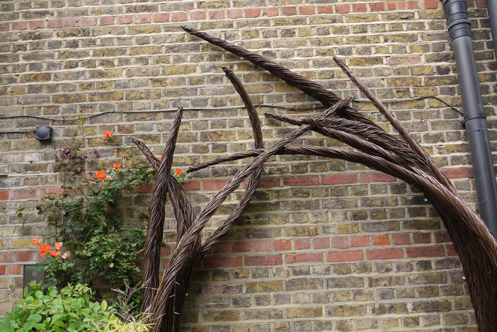 LEAFL1_willowroofgardenstructure_spencer