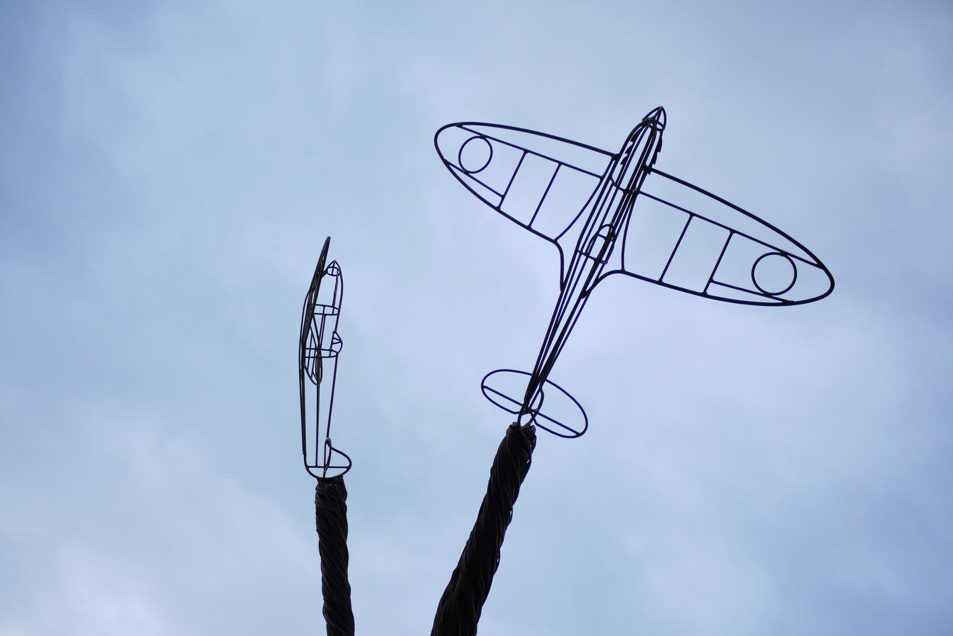 steel.willow.sculpture_spitfirelovers_sp