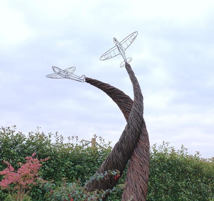 spitfirelovers_sculpture.spencerjenkins.