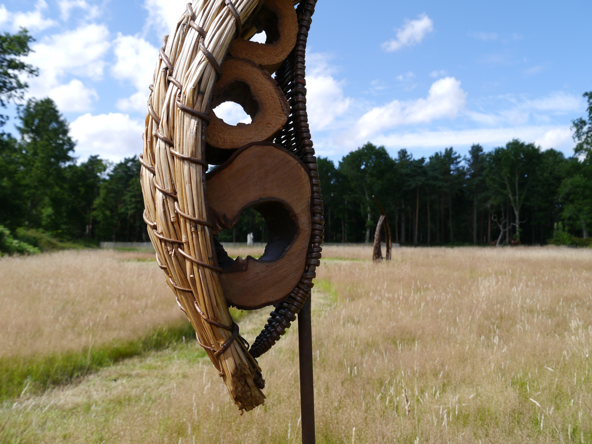 strawhole_strawsculpture&willow.spencerj