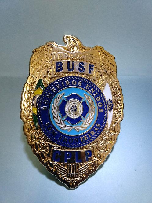 Escudo em metal - BUSF dourado