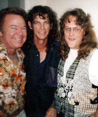 Roy Clark & BJ Thomas 1993 2.jpg