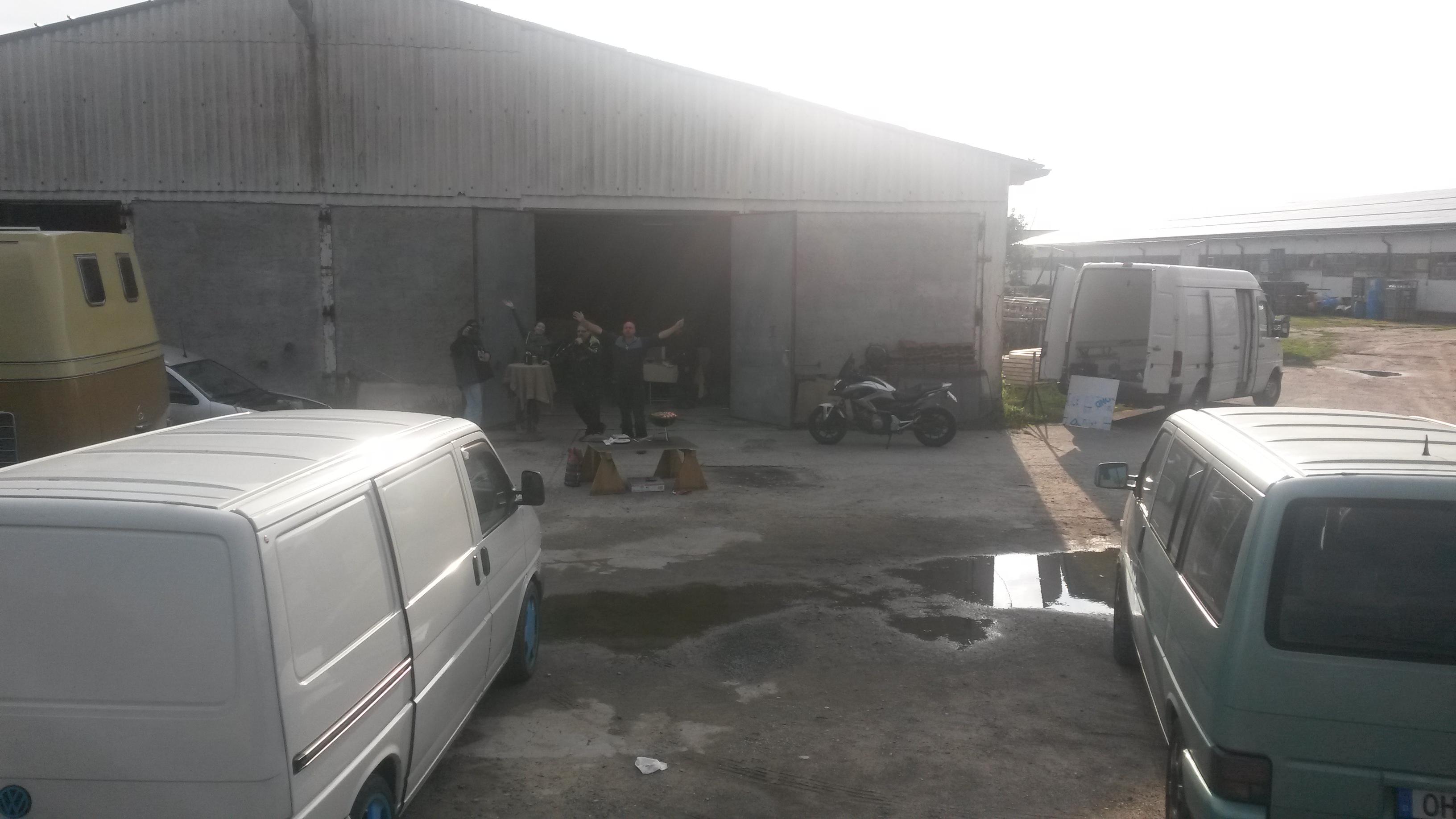 170812 T4 Custom Halle 1