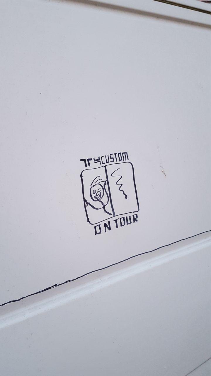 170831 Anzeichnen Schiebescheibe T4-Custom
