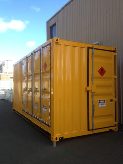Walk-in Decanting Shed